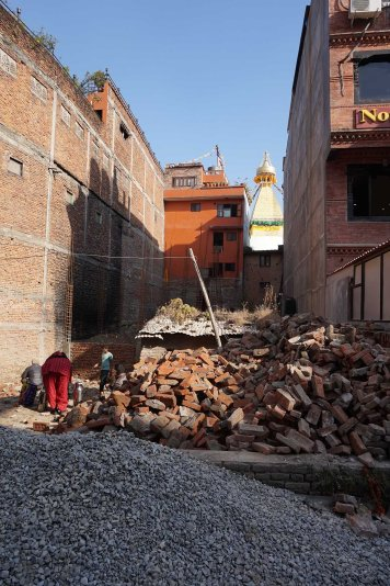 after-earthquake-2015-katmandou-nepal