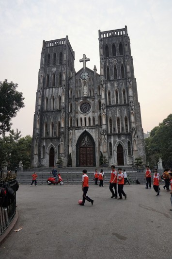 church-of-hanoi-vietnam