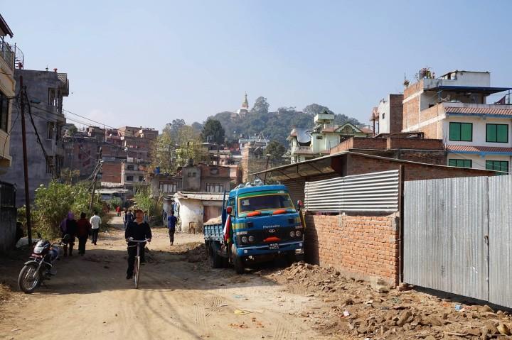 life-in-katmandou-nepal-street-view