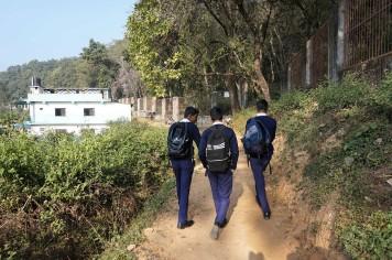 Sortie d'école pour de jeunes népalais à Katmandou