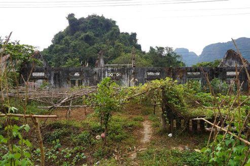 vietnam-lan-ha-bay-16