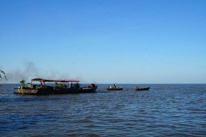 cambodge-floating-village-krakor-kampong-luong-18