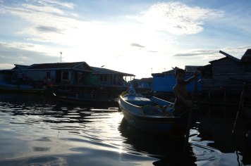 cambodge-floating-village-krakor-kampong-luong-21